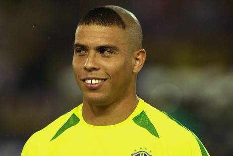 ronaldo-brazil.jpg.0ba7b0d5c07c5e1b472d0e93778b09e3.jpg