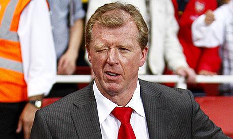 FC-Twente-manager-Steve-M-001.jpg.34605cc6b69883f4d9f60dc23dc36b51.jpg
