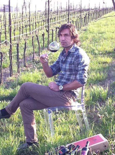 Pirlo-wine.jpg.2024c6a792177990f140ae481cf6b039.jpg
